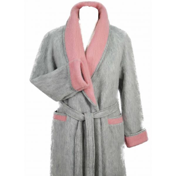 robe de chambre femme en laine des pyr n es la vente en gris. Black Bedroom Furniture Sets. Home Design Ideas