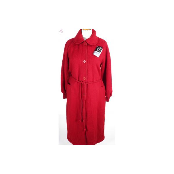 robe de chambre laine rouge pour femme par val d 39 arizes. Black Bedroom Furniture Sets. Home Design Ideas